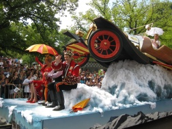 'Chitty chitty bang bang' at the Moomba Parade