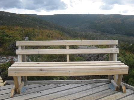 A bench atop Cradle Mountain