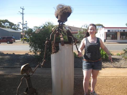 Me still as a statue
