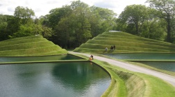 The road through Jupiter Artland's life mounds